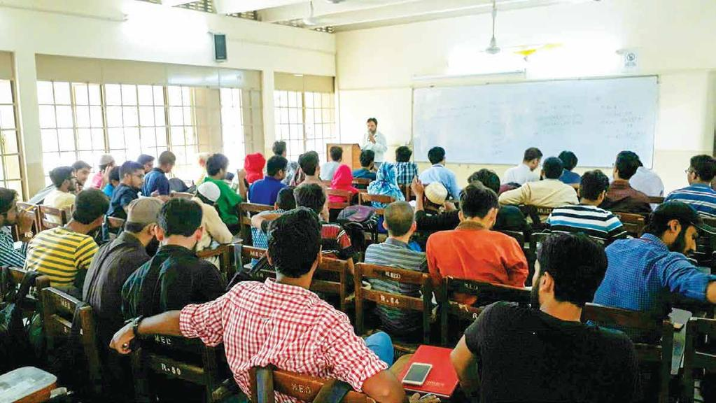 ACADEMICS 451 24 86 Faculty Departments Programmes members