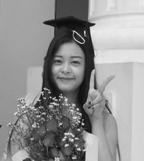 Always interested in languages and cultures, she speaks Korean and French. Currently, she is also studying International Relations at the University of Yangon.