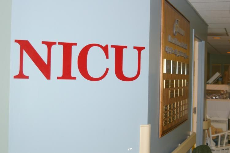 NICU NICU is on the 3 rd floor on the pediatric unit It is a secured unit and parents are given access cards Parents have