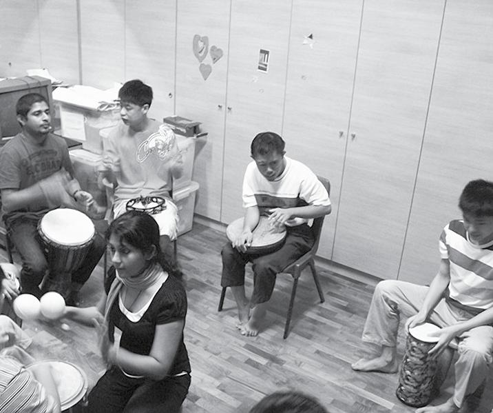Jean Ng & Julius Foo DRUM PRODIGY & PERCUSSION kicked off Drums & Percussions lessons in March 2009, along with a group of enthusiastic drummers
