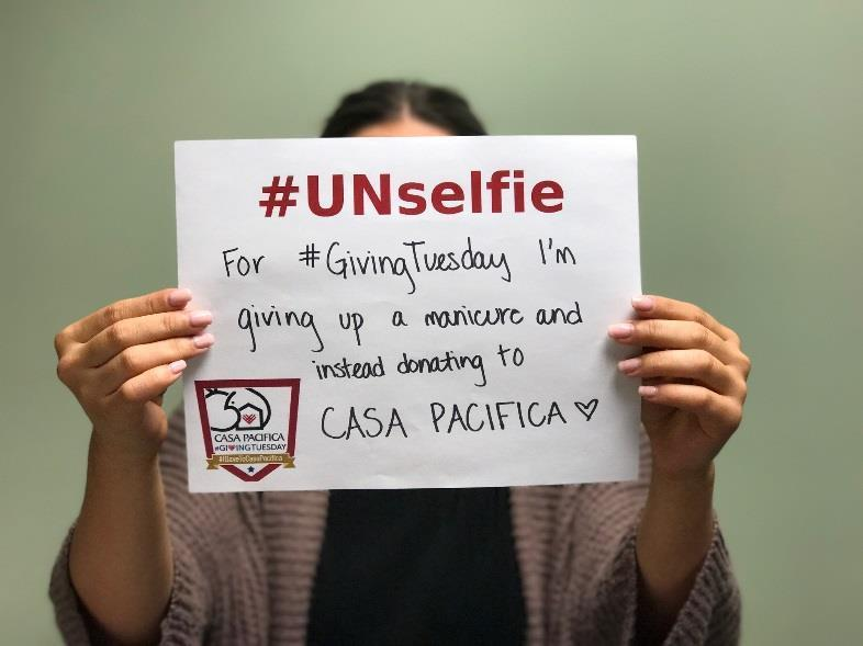 What is an Unselfie?! The UNselfie movement gained popularity following Typhoon Haiyan and on past #GivingTuesdays.