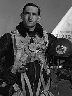 72 Flying Ace Lt. Col. George A. Davis Jr. s Last Flight The F-86 Sabre Jet Imet LtCol.
