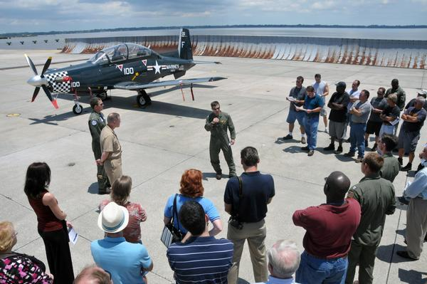 condition issues, such as cracks, corrosion or damage. The aircraft was in very good shape with minimal damage, said Elliott. We were also validating procedures for the T-6 community.