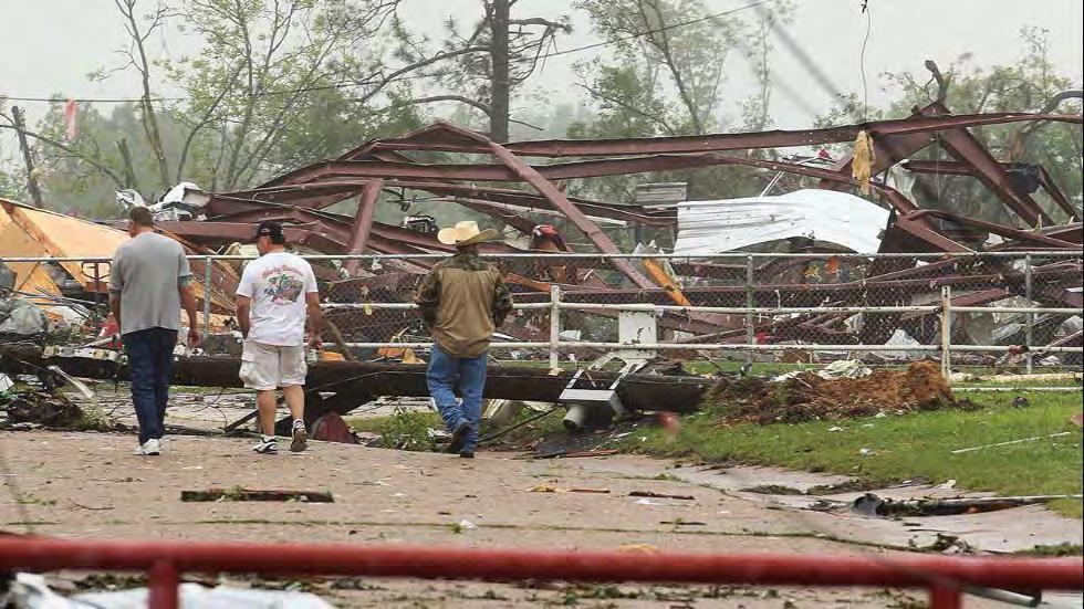 Van, TX Tornado Response OSHA Activity May 11, 2015 Coordination with Dallas Area Office (DAO): ERC contacts DAO Compliance Assistance Specialist (CAS) Vela - Discuss overview of FEMA Situation