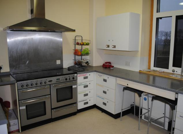 Training and therapeutic kitchen Self catering
