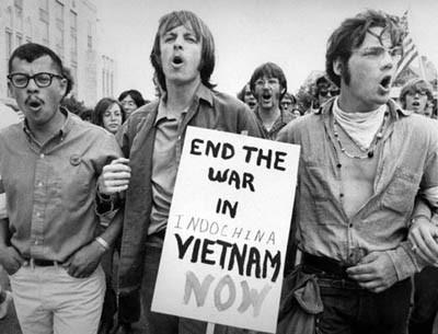 The war ended quickly after the signing in Paris when the U.S. and all allied forces agreed to leave South Vietnam.
