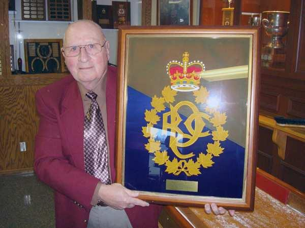 Royal Canadian Dental Corps Association Bulletin L Association du Corps Dentaire Royal Canadien By Col (retired) Peter McQueen The Royal Canadian Dental Corps Association (RCDCA) is a group of former