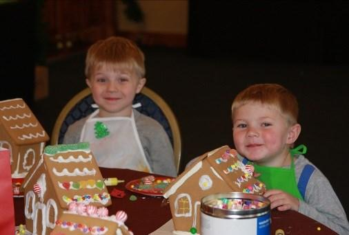 er 4, 5:30 p.m. - 7:30 p.m. Gingerbread fun continues after the classes for the whole family!