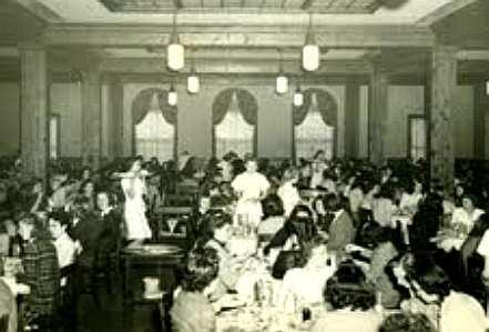34 Women's Dining Hall circa 1944 (Bucknell University Archives, Digital Collection). source data and use restrictions at endnote No.