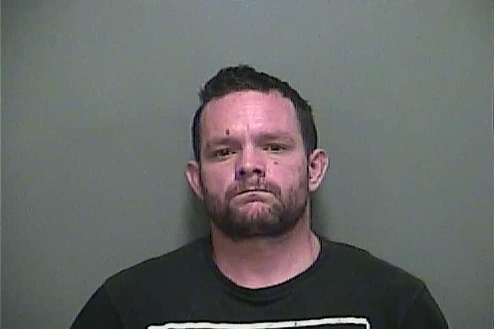 Offender's Name: BURKHEAD, RICHARD LEE Booking #: 2013115418 Book Date/Time: 08/16/2018 12:36 Age: 39 Arresting Officer: TAYLOR, MARK ERWIN Arrest Date/Time: