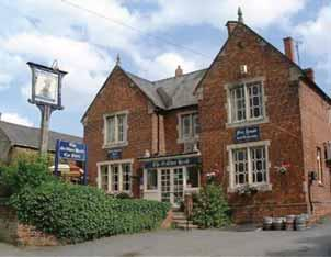early summer 2012_21480_Layout 1 27/06/2012 09:49 Page 8 Wellingborough Chamber of Commerce The Griffins Head Mears Ashby My name is Peter Stubbins and I have been ensconced at the Griffins Head as