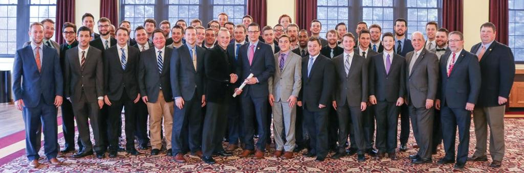 Expansion Michigan Zeta, Central Michigan University Michigan Zeta-Central Michigan University Colonized: November 7, 2015 Installed: December 10, 2016 Number of Colony Members: 42 On the snowy