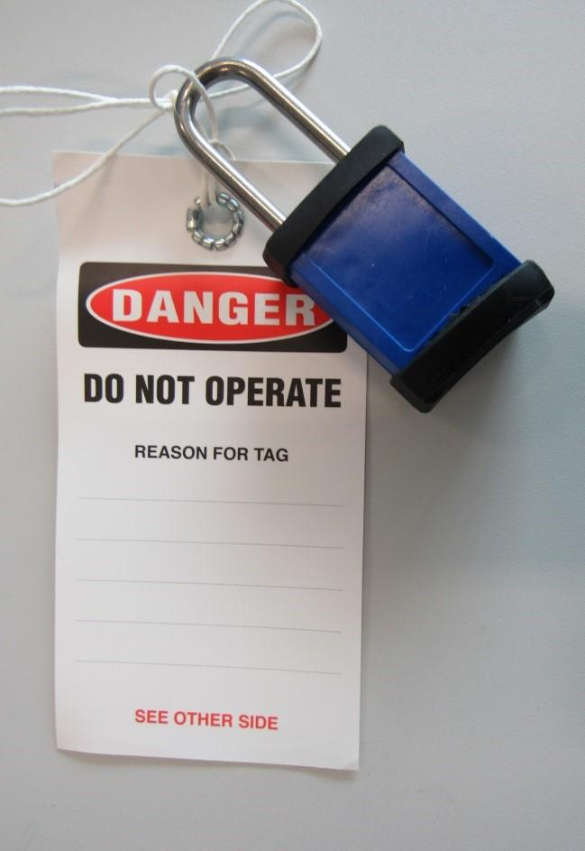 Only one blue personal lock is to be issued to a worker at any point in time.