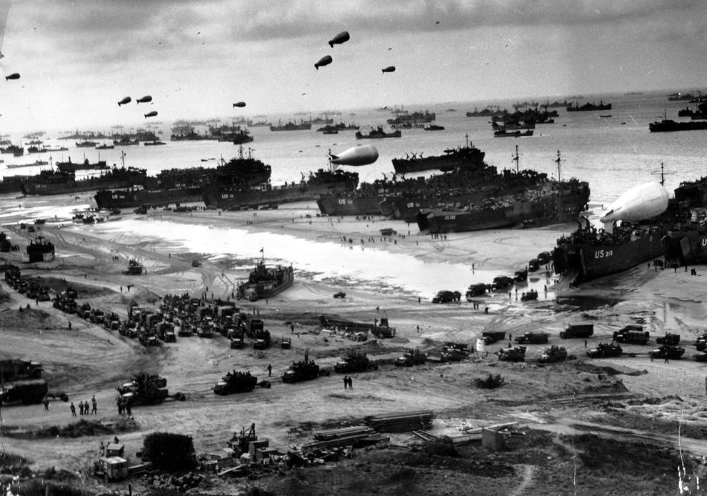 2 The Allies Liberate Europe D-Day Allies set up phantom army, send fake radio messages to fool