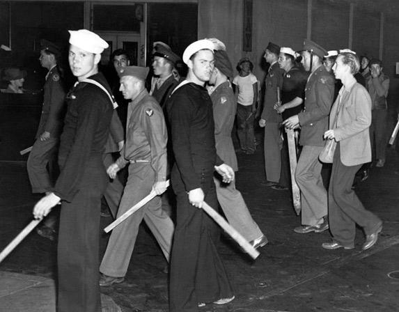 Anti-Mexican zoot suit riots involve thousands servicemen, civilians Zoot suits were a style of dress adopted by Mexican-American youths as a symbol