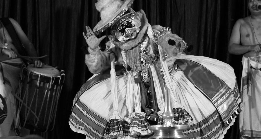 Preformers Kalamandalam Manoj A highly talented Kathakali actor, Manoj was trained at the prestigious public institution in Kerala for Kathakali - Kerala Kalamandalam in the 1980 s.