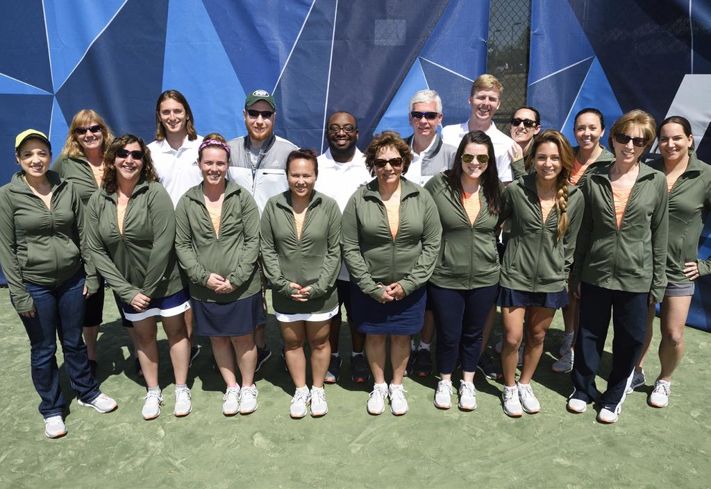 APRIL 9-11, 2015 Acknowledgments Tournament Staff CO-TOURNAMENT DIRECTOR Glenn Arrington, USTA, Director, TSR, High School, Tennis on Campus CO-TOURNAMENT DIRECTOR Valerie McCutchan, NIRSA, Director